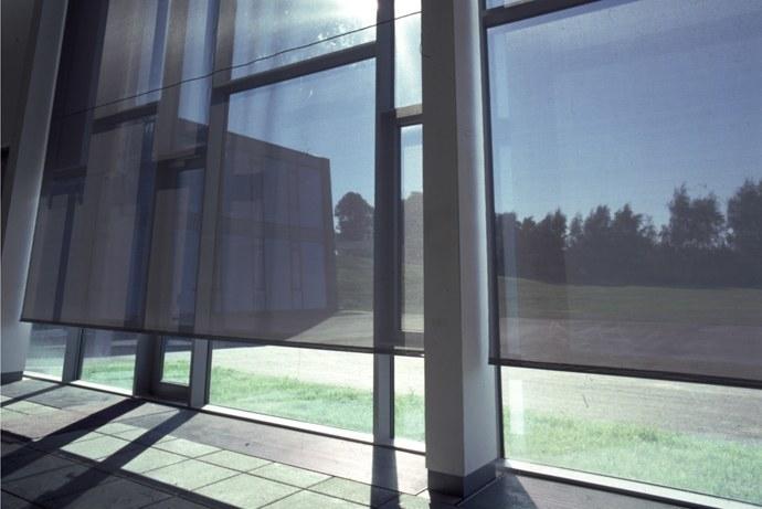 Solafskærmning til brug indendørs for privat & erhverv - Jyllands Markisefabrik A/S